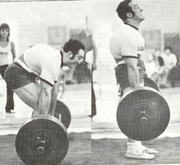 vince-anello-deadlifting-with-a-round-back